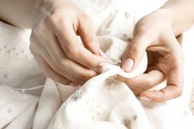 Cusături de croitorie - tipuri manuale și mecanice