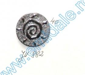 Nasturi Metalizati, cu 4 Gauri, din Plastic, marime 36 (100 bucati/pachet) Cod: S238 Nasturi Plastic Metalizati JU882, Marime 40, Argintii  (100 buc/pachet)