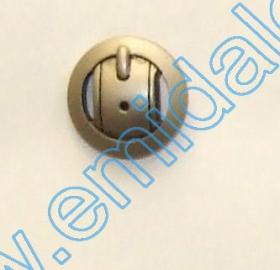 Nasture Plastic Metalizat JU932, Marimea 40, Antic Brass (100 buc/punga)  Nasturi Plastic Metalizati JU1318, Marime 24, Argintiu Mat (100 buc/pachet)