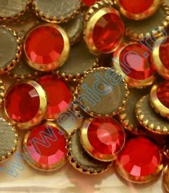 Cristale de Lipit 2493, Marime: 8 mm, Culoare: Light Siam (216 buc/pachet )   Cristale de Lipit 2013, Marimea: 34 mm, Culoare: Light Siam (144 buc/pachet)