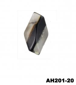 Nasturi cu Doua Gauri 0312-0334/28 (100 buc/punga) Culoare: Alb  Nasturi cu Picior AH201-20/40 (100 bucati/punga)