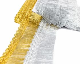 Franjuri Franjuri cu Fir Metalic, latime 4.5 cm (13.72 m/pachet) Cod: 6152-0200