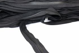 Fermoare Metraj si Cursori 8 mm Teeth Zipper Roll (100 meters/pack)