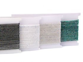 Margele Cubice, Mix Litere, 6 mm (1 punga)Cod: 200733 Banda Decorativa cu Strasuri, 3 mm (9 metri/rola)Cod: 510543