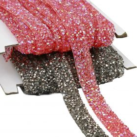 Pasmanterie Iron-on Trim/Border with Rhinestones, 15 mm (10 yards/roll)Code: YK-T007