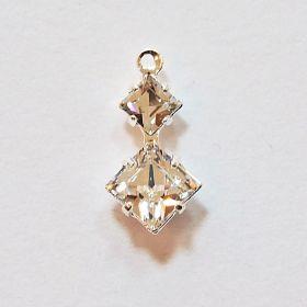 Pandantiv Swarovski, 18 mm, Culoare: Crystal (1 bucata)Cod: 6264-MM18 Cristale in Montura 13810404 (1 bucata) Crystal