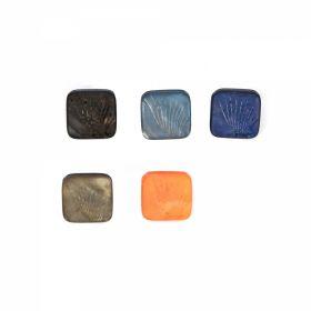 Nasturi cu Doua Gauri, 15 mm (50 buc/punga)Cod: 13462/24 Nasturi Plastic cu Picior, Marime 24 Lin (50 bucati/pachet)Cod: 83794/24
