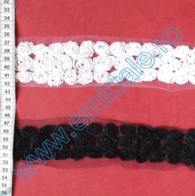 Dantela, latime 22 mm (27.432 metri/rola)Cod: 0621-1077  Dantela cu Trandafiri 3D, latime 50 mm (13.72 metri/rola)Cod: 0620-6158